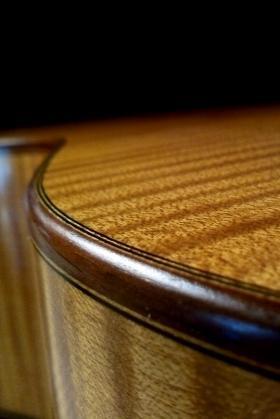 fondo fasce acero chitarra classica
